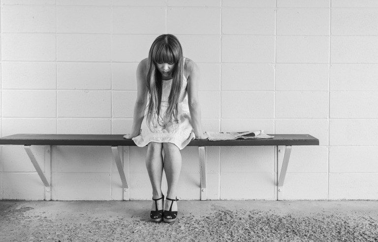 This image has an empty alt attribute; its file name is worried-girl-413690_1920.jpg
