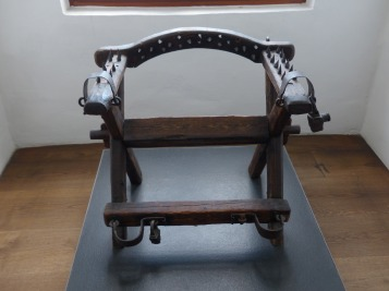 torture-chair-122853